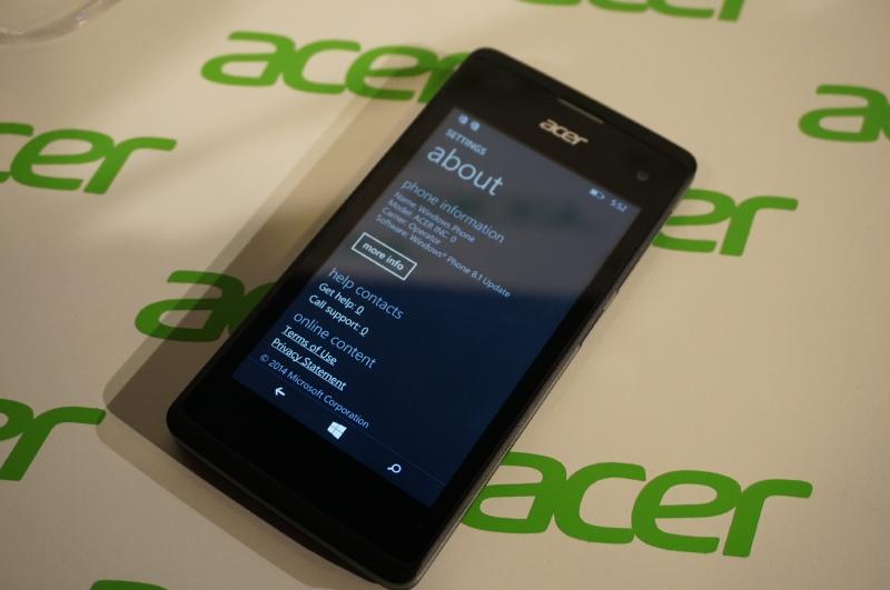 現在のOSはWindows Phone 8.1Update、Windows 10リリース以降にWindows 10へのバージョンアップがアナウンスされている