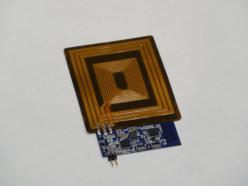 世界初マルチモードレーシバ「MT3188」を実装した受信基板