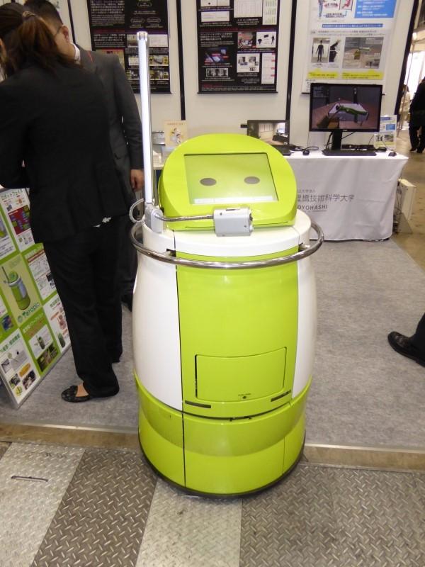 回診支援ロボット「Terapio」