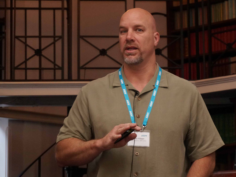 Cortex-A72の設計を主導したMike Filippo氏(Lead Architect and ARM Fellow)