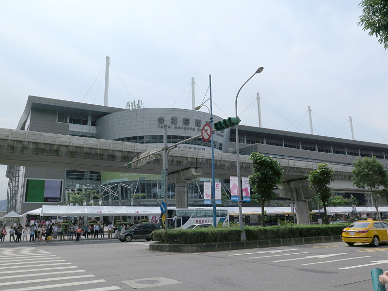 COMPUTEXの主要展示場である南港展覧館
