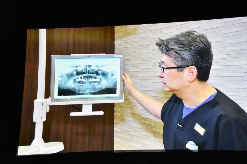 柏の葉総合歯科の康本院長は、総合的な能力の高さを評価し、導入に至った