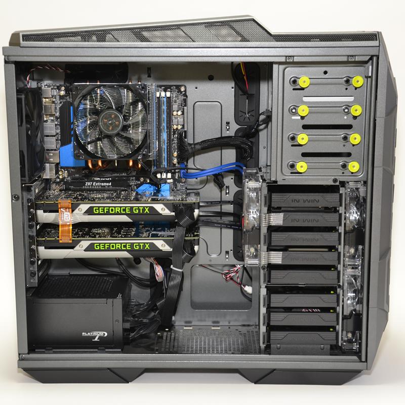 CPUには大型のヒートシンクファンを搭載