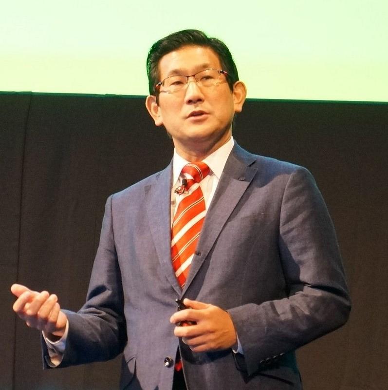 日本IBMハイエンドシステム事業部理事の朝海孝氏が基調講演のゲストスピーカーとして登壇し、IBMとNVIDIAが共同開発する次世代スーパーコンピュータを説明した