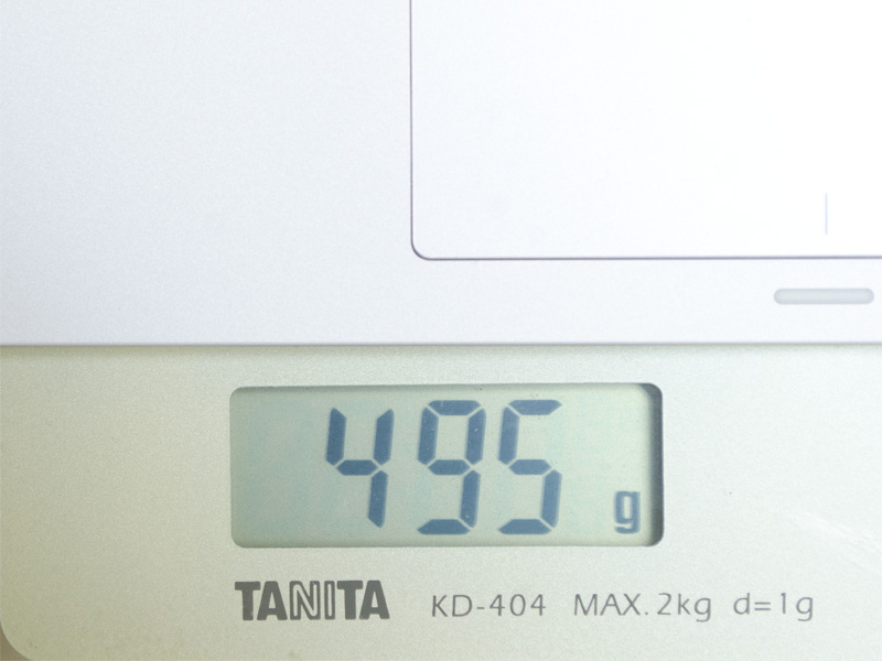 キーボードの重量は実測で495g