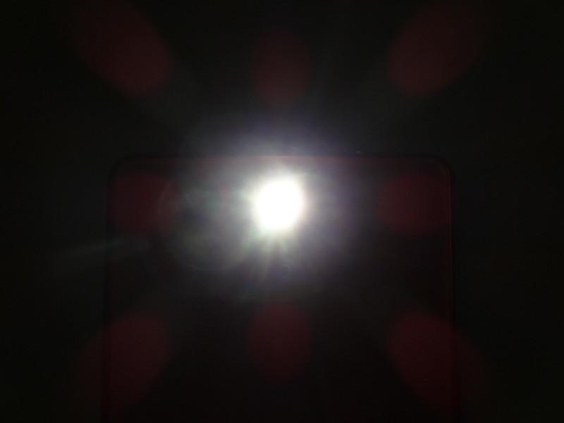 f/4.5、1/30秒、ISO-200でLEDを撮影