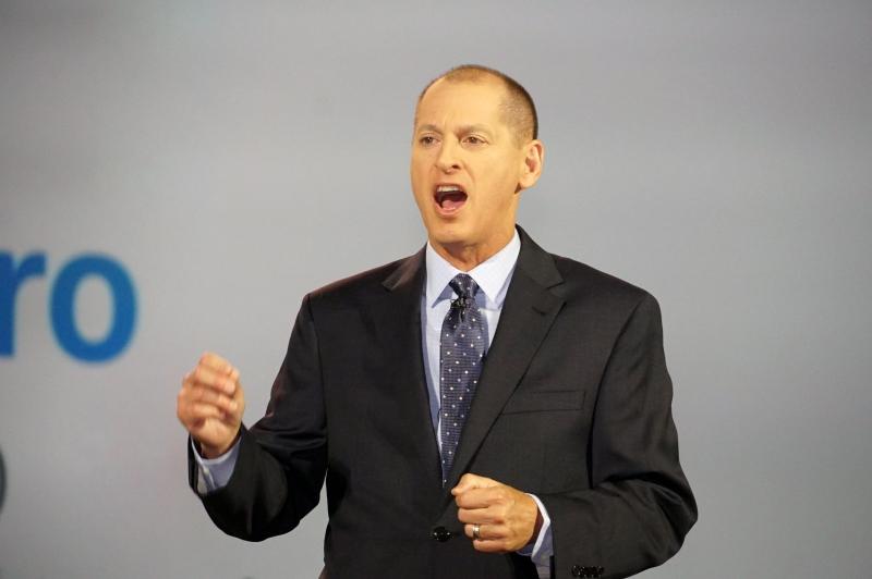 CESの主催者であるCTA(Consumer Technology Association)の社長兼CEOのゲリー・シャピーロ氏
