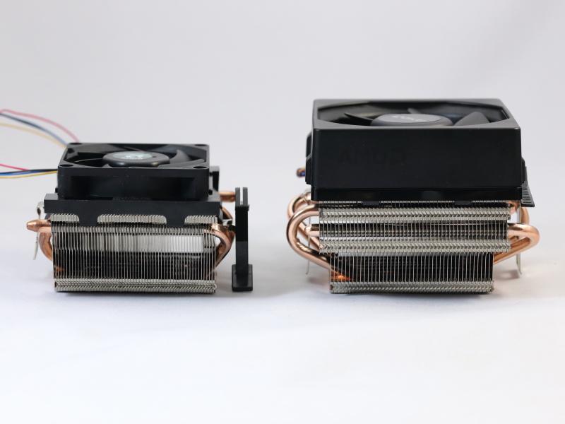 従来型クーラー(写真左側)との比較