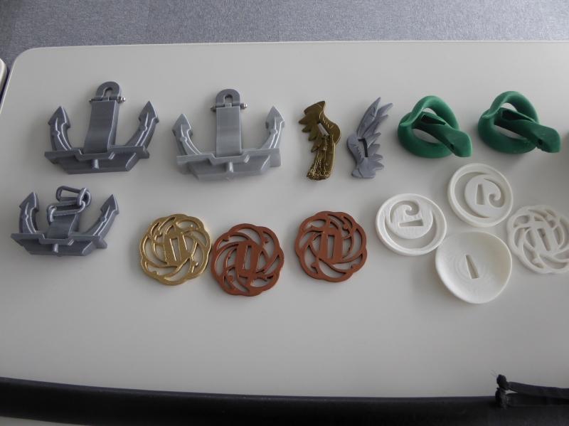 3Dプリンタを使って造られたコスプレ用の小道具など