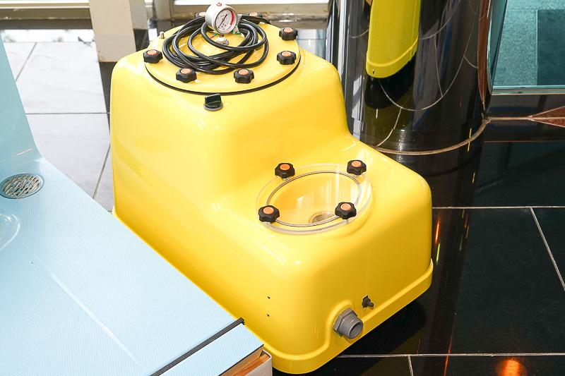 循環式濾過器「スイムフレンド」。100Vで動作し、メンテナンスもしやすい