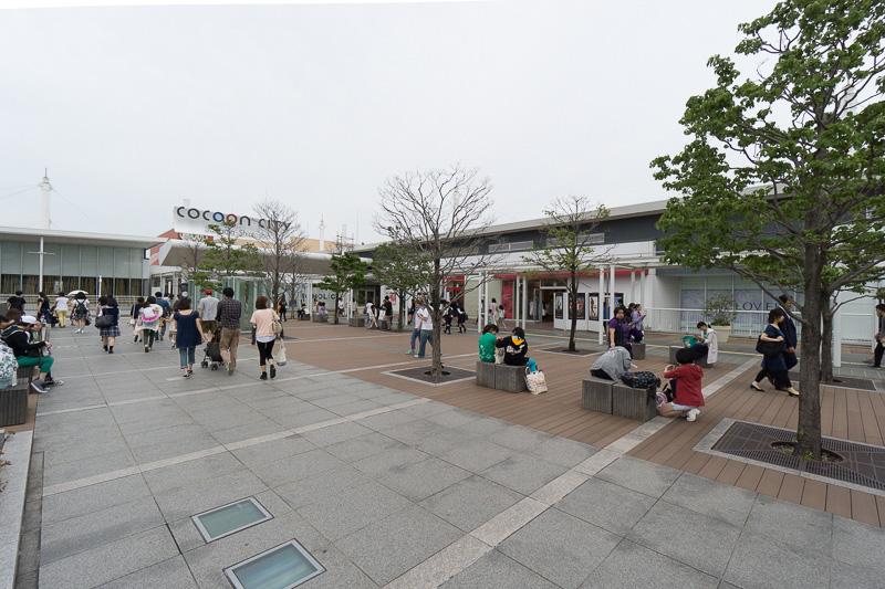 イベントが行なわれたショッピングモール「コクーンシティ」は、さいたま新都心駅と直結し、駅前に大きく広がっている