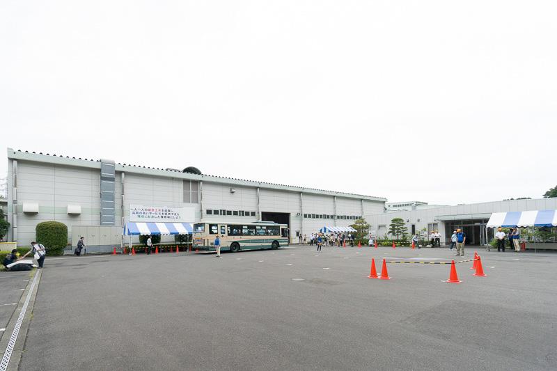 武蔵丘車両検修場の全景