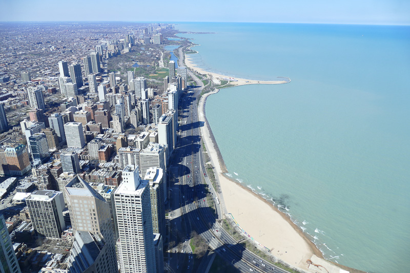 高層ビルがぎっしり密集したシカゴの中心部