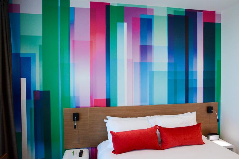 スーペリアルームは210室ともっとも部屋数が多く、クイーンベッド、キングベッド、シティービュー、リバービューと種類も豊富