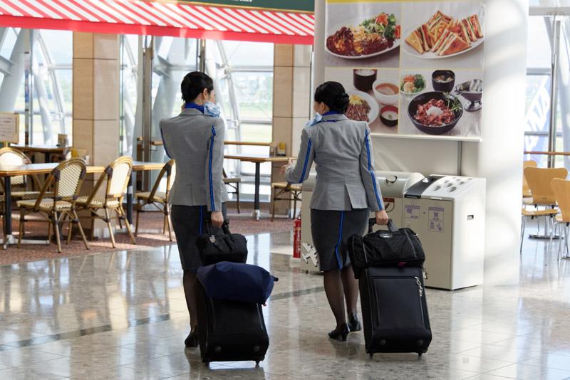 当日朝は空港内に独特の緊張感が漂っているように感じられた