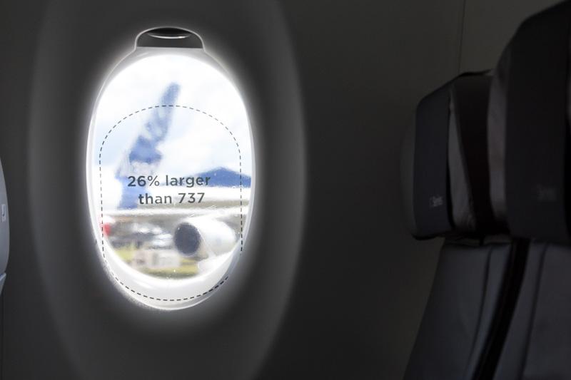 ボーイング 737型機に比べて窓が26%大きいというサイン