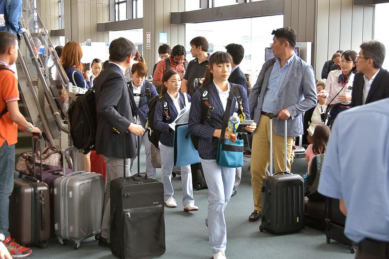 選手団はダラス・フォートワース空港で乗り換えてサンパウロへ向かい、合宿に入る