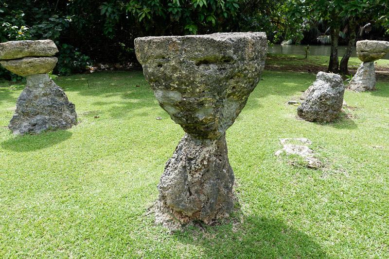 古くから残されているというラッテストーンの遺跡