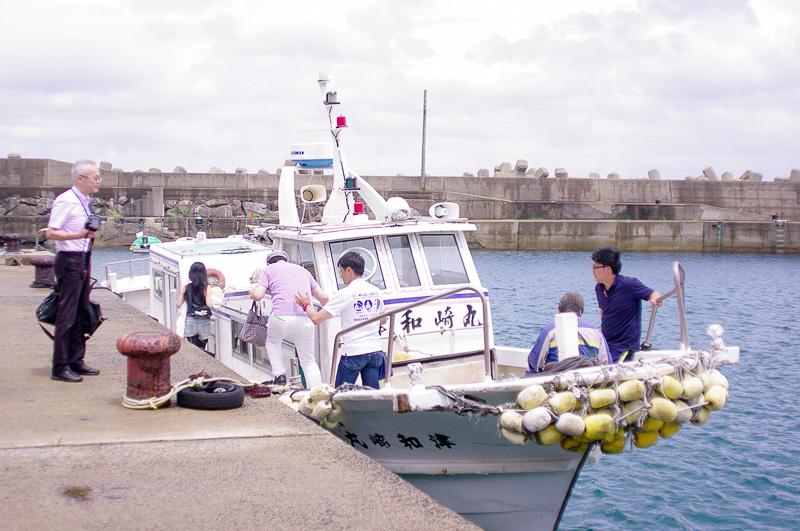 小値賀島へは海上タクシーを使って移動した