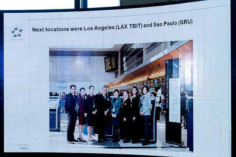 サンパウロ・グアルーリョス国際空港やロサンゼルス国際空港のトムブラッドレー国際線ターミナルでもリニューアルを実施
