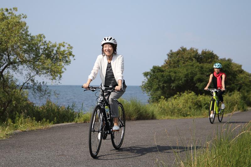 平坦な道が多い琵琶湖畔のサイクリングは想像以上に気持ちいいものでした