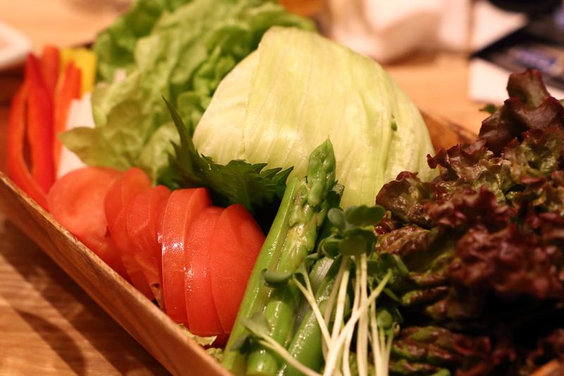 新鮮で焼いてもみずみずしいこだわりの焼肉専用野菜