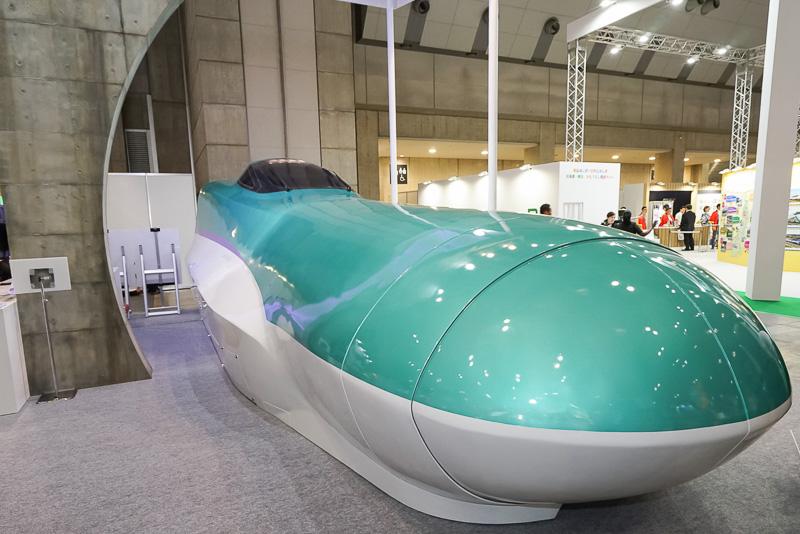 北海道新幹線H5系10号車の実物大の模型