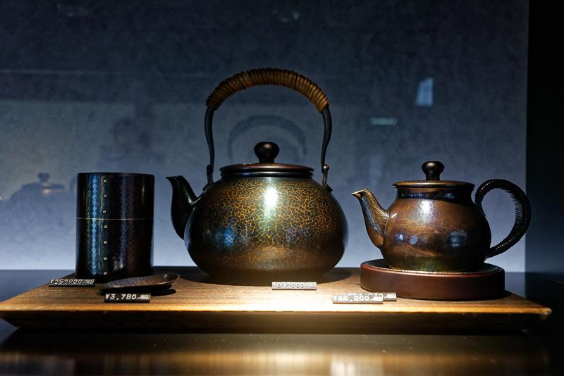 玉川堂が手がけた銅器製品の数々