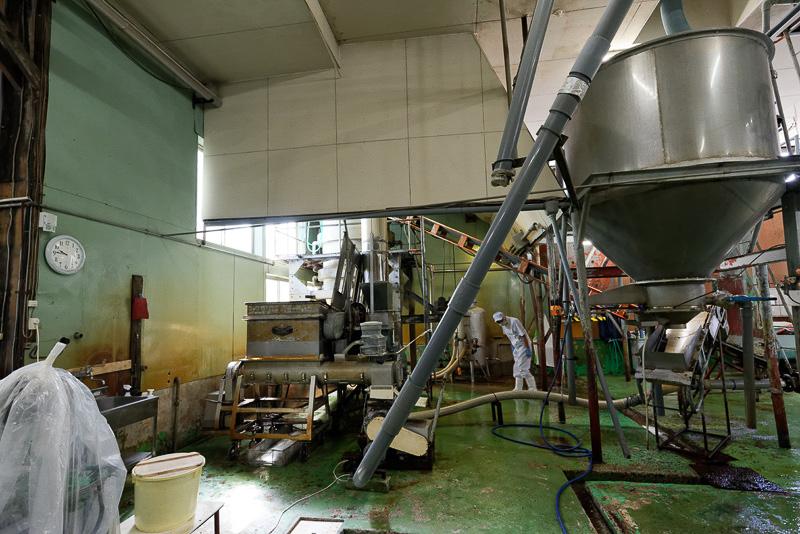 原料となる大豆、米こうじを蒸す工程を行なう場所