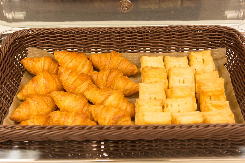 フランスのAOP認定を受けているバタークロワッサンなどのパン類