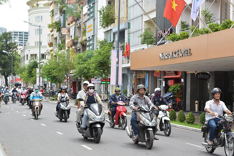 ベトナムはオートバイがとにかく多い