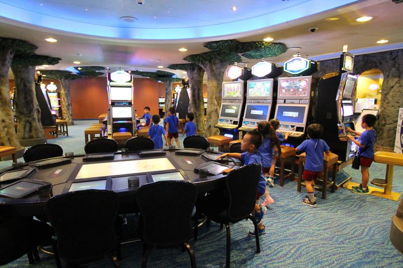 ゲームセンターに見えたようでカジノに大盛り上がり