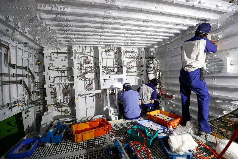 ボーイング 787中央翼の製造工程