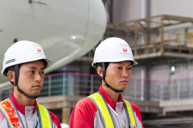 ULD部門で優勝した成田空港の岡野翔平氏と成田浩正氏
