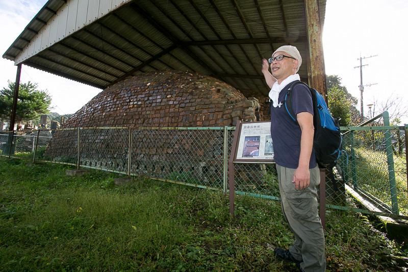 天井部まで残っている窯は貴重。本来は5つの窯室があったが残っているのは3室のみ。2000年に行なわれた発掘調査では地下に埋蔵する残り2室が確認されている