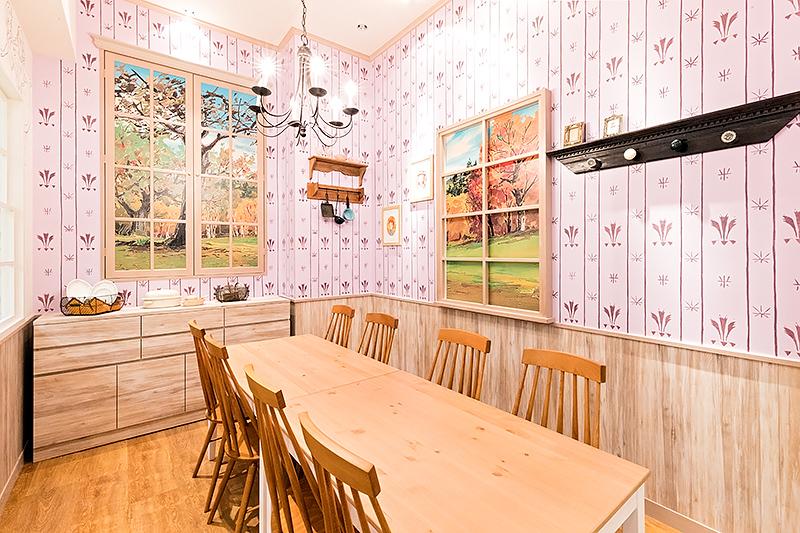 グリーン・ゲイブルズの一室をイメージしたパーティルーム。お誕生日会などの貸し切りだけでなく空いていれば一般利用も可能