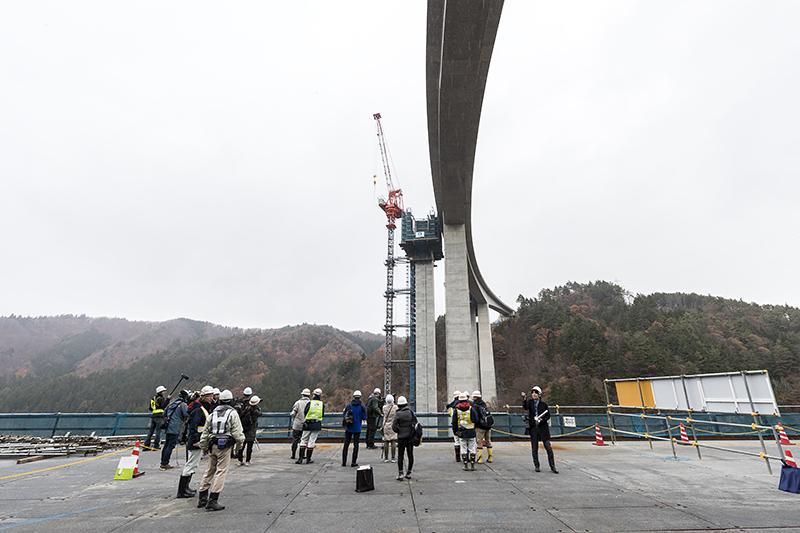 P1橋脚から見た工事現場