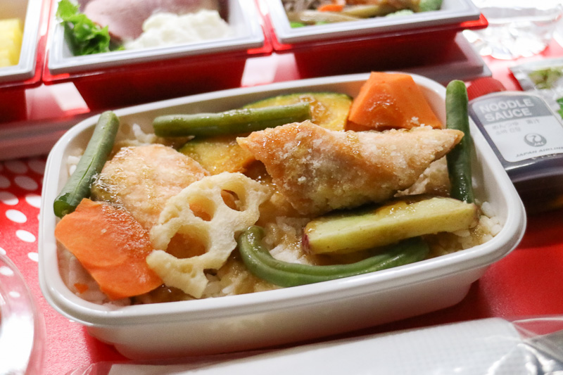 「鮭と野菜の甘酢餡掛け丼」