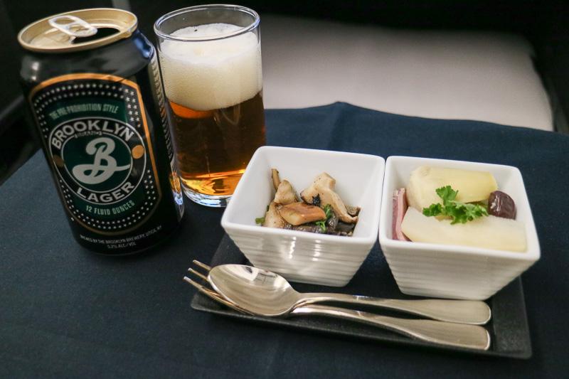 洋食の「アミューズ・ブーシュ」。ちなみに和食の「先付」と共通のメニューとなっている