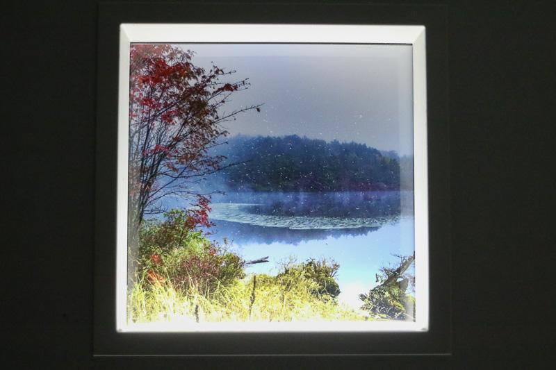 「スカイギャラリー」では、キヤノンが提供した「信州の秋」というテーマで撮影された、長野県松本市、高山村、佐久穂町、小谷村の風景写真が飾られていた