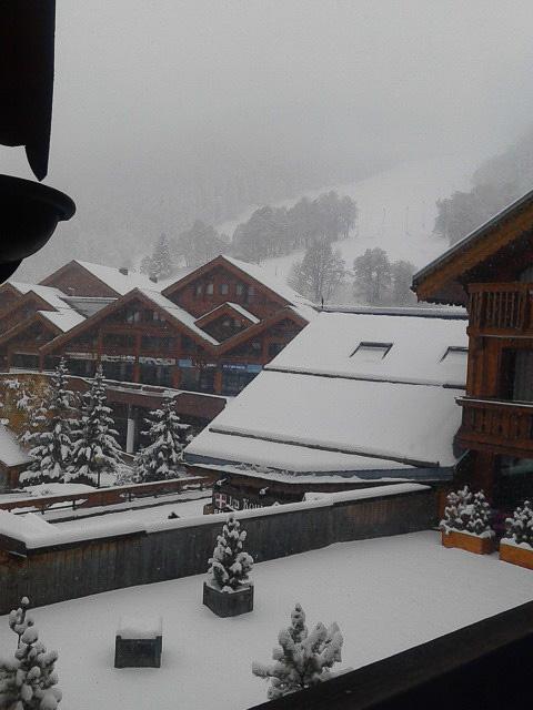 メリベルに着いてから数日間は、断続的に雪がよく降っていました