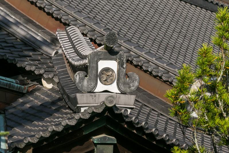 徳川時代は200国の朱印地を有し徳川一門の帰依を受けていた