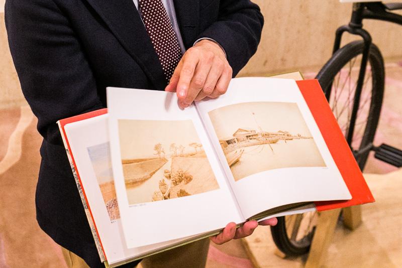 慶喜が撮影した写真をまとめた写真集。清水次郎長の「末廣」に展示されていた写真も載っている