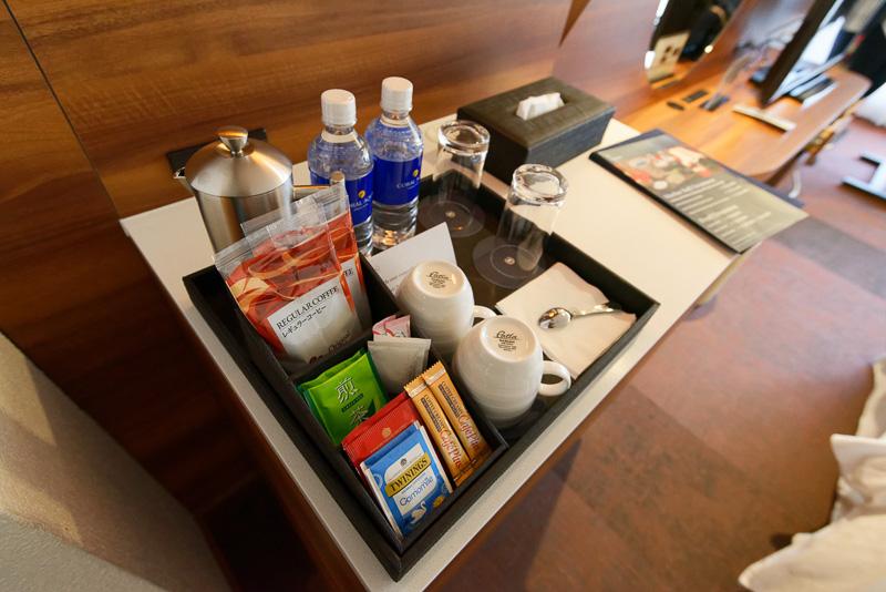 お茶やコーヒーのセット