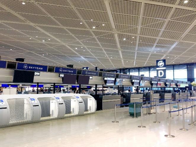 自動手荷物預け機を設置したチェックインカウンターのイメージ
