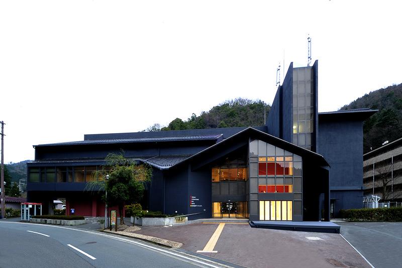 世界からアーティストが訪れる城崎国際アートセンター (C)西山円茄