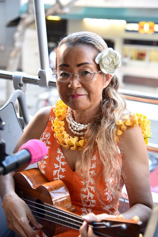 ウクレレの心地よい音色とハワイのサンセットが楽しめる