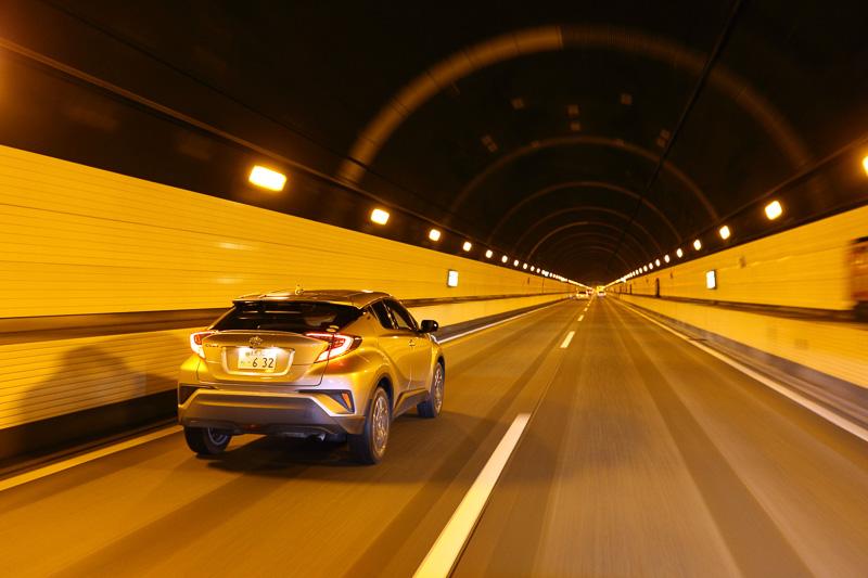 目的地は関越トンネルの向こう側!