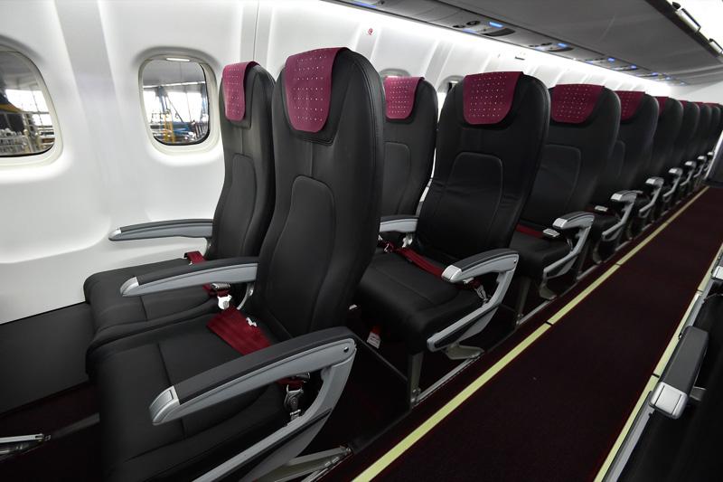 機内右側3列目以降。JAL SKY NEXT仕様に準拠