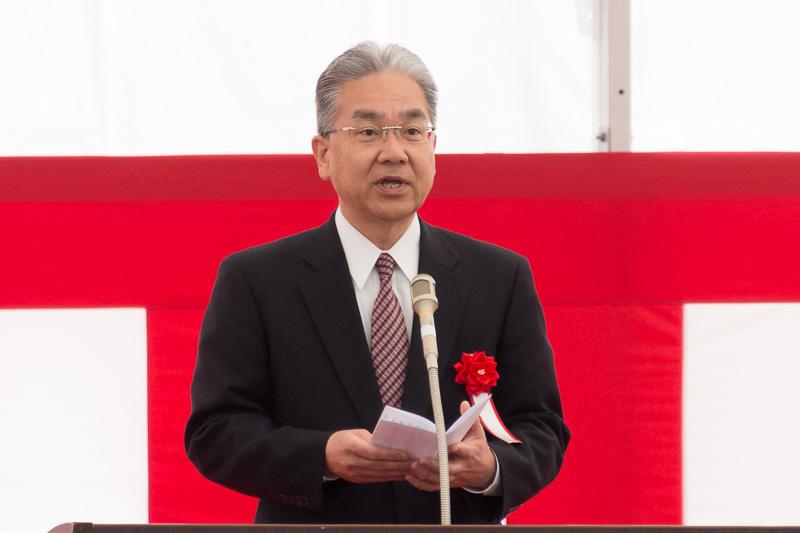 関西エアポート株式会社 代表取締役CEO 山谷佳之氏の期待の言葉を代読した、専務執行役員 機谷俊夫氏